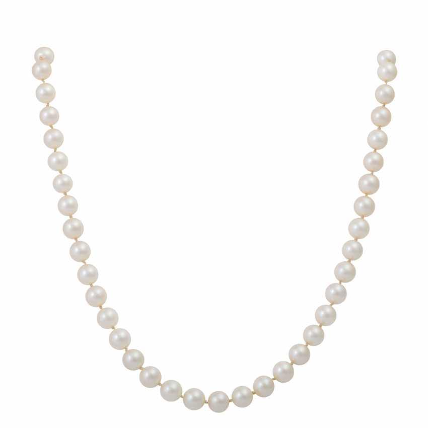 Fine Akoya Pearl Necklace, - photo 1