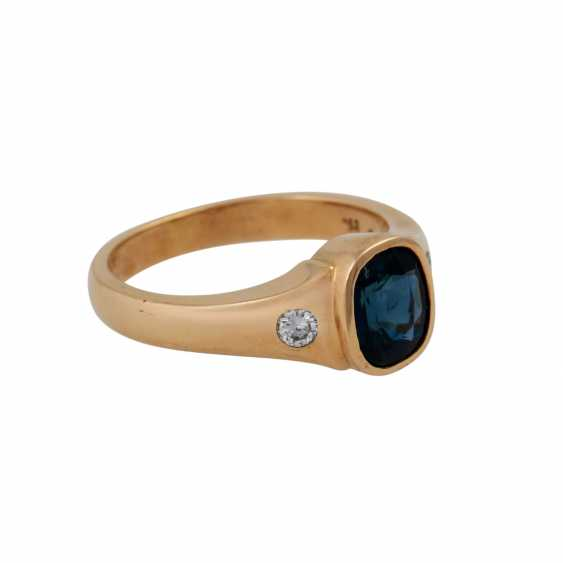 Ring with brilliant and sapphire - photo 2