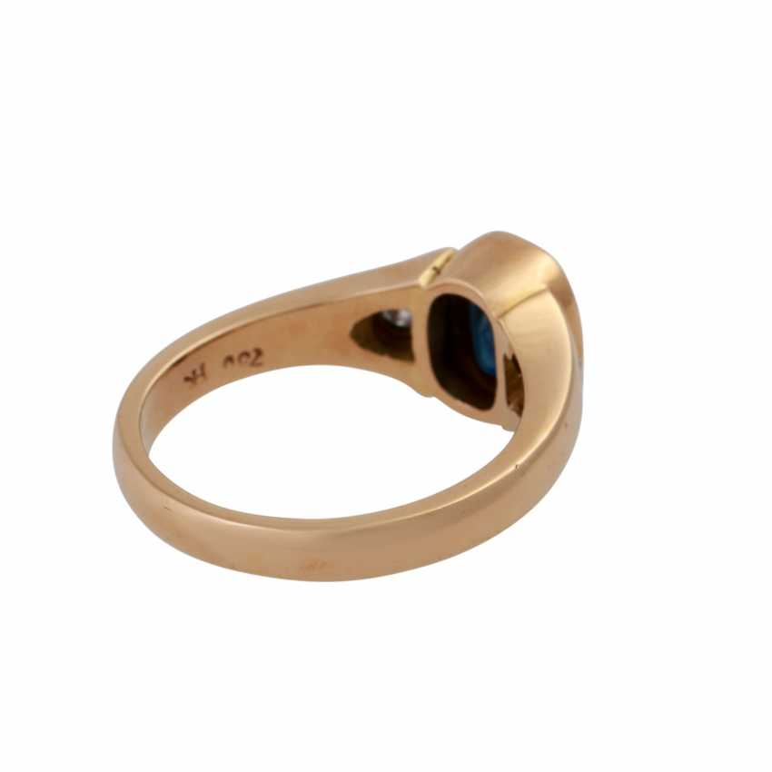 Ring with brilliant and sapphire - photo 3