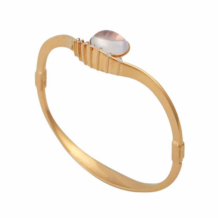 Bangle bracelet with oval moonstone - photo 4