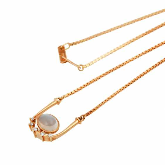Necklace with oval moonstone - photo 4