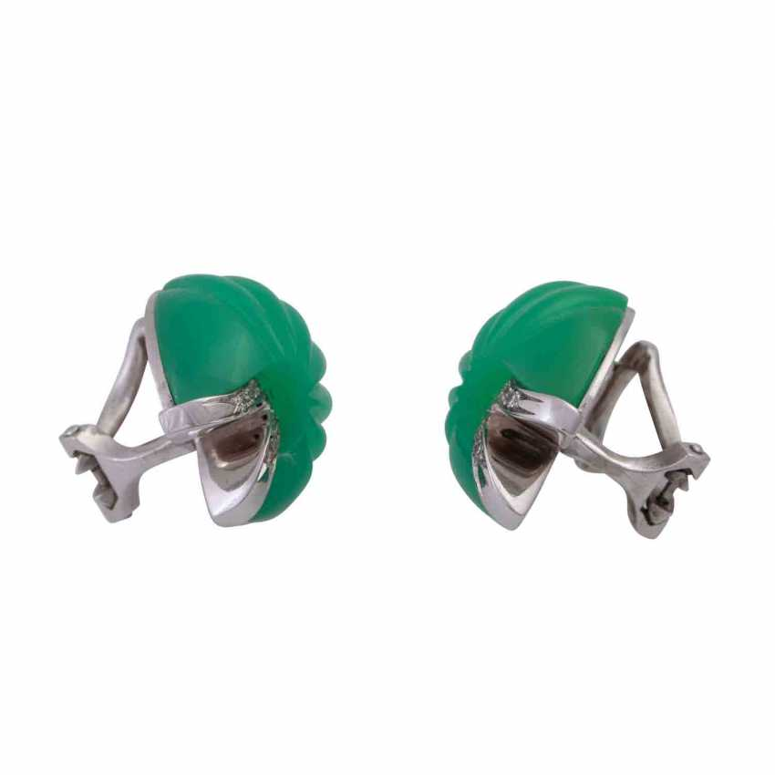 Clip-on earrings with ground-and-cut chrysoprase - photo 2