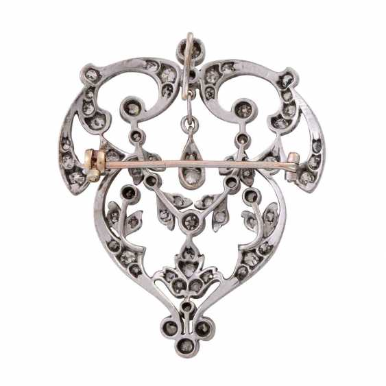 Art Nouveau pendant/brooch set with old European cut diamonds, together approx. 4,5 ct., - photo 3