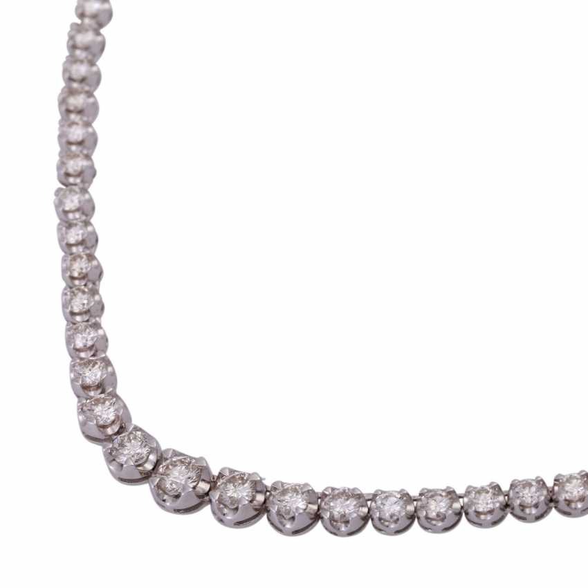 Rivière necklace set with 110 brilliant-cut diamonds, together approx. 7 ct - photo 4
