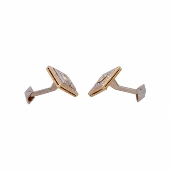 Pair of cufflinks with brilliant-cut diamonds, together CA. 1 ct, - photo 2