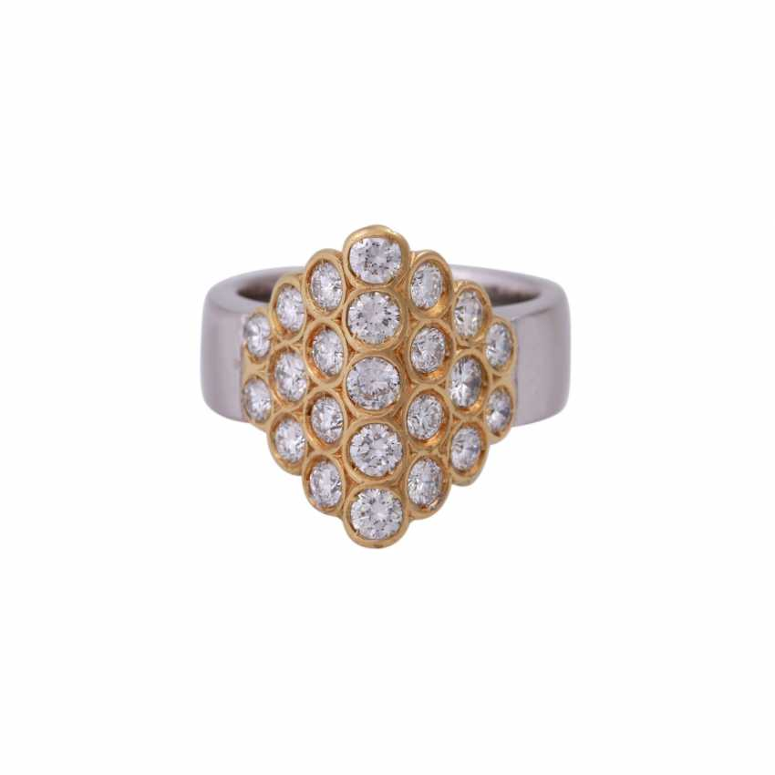 Ring set with 23 brilliant-cut diamonds, together approx 1,15 ct, - photo 1