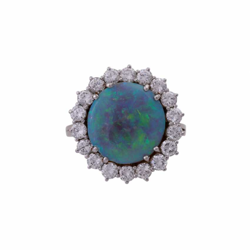 Ring with Opal and diamonds - photo 1