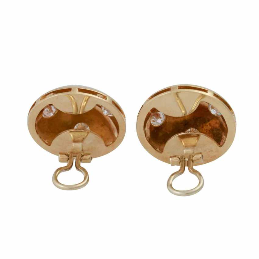 Pair of earrings with brilliants approx 1.8 ct, - photo 4