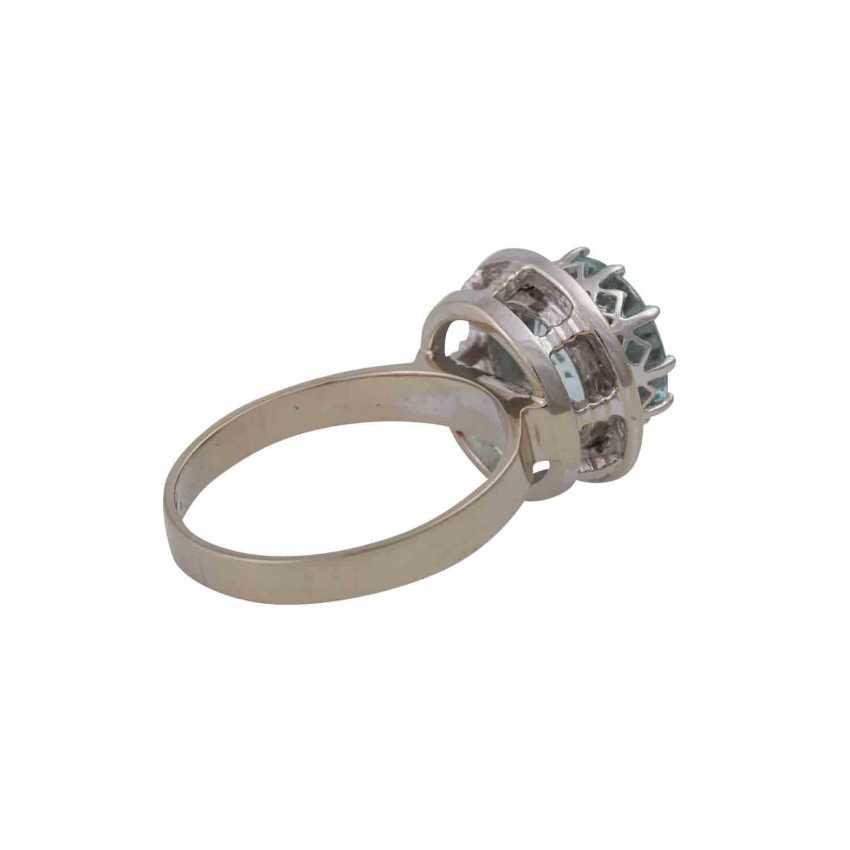 Ring with light blue aquamarine, approximately 2.9 ct, - photo 3