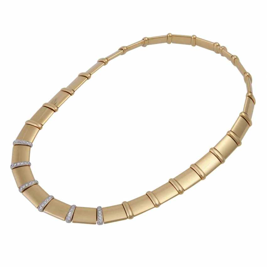 Gold necklace with diamonds - photo 3