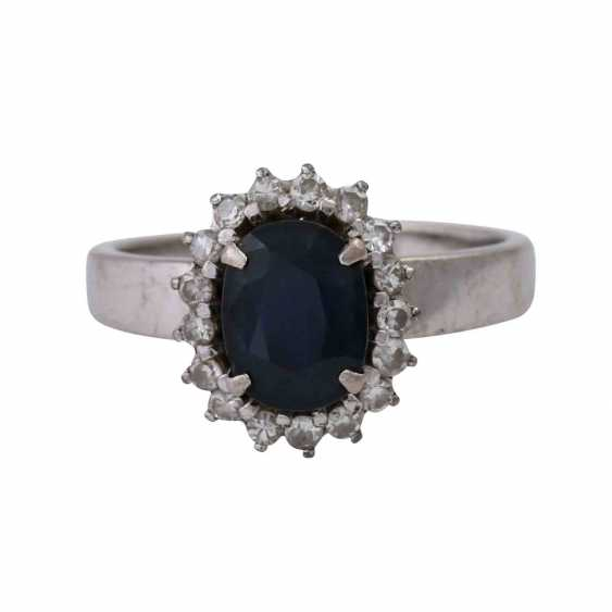 Ring with sapphire approx 2 ct and diamonds - photo 1