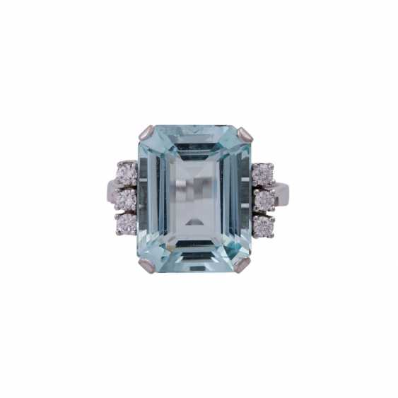 Ring mit Aquamarin ca. 11,8 ct, - photo 1