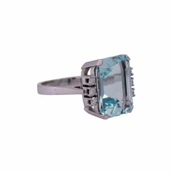 Ring mit Aquamarin ca. 11,8 ct, - photo 2