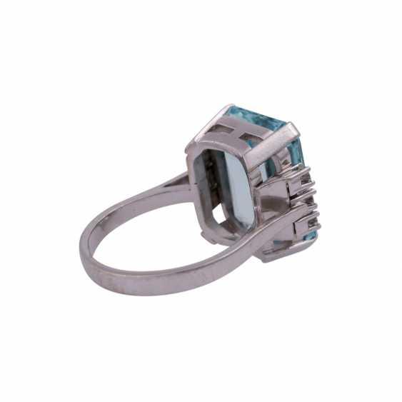 Ring mit Aquamarin ca. 11,8 ct, - photo 3