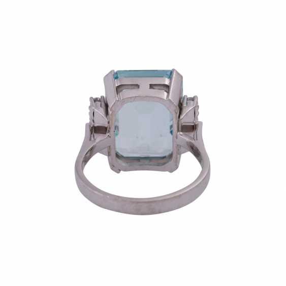 Ring mit Aquamarin ca. 11,8 ct, - photo 4