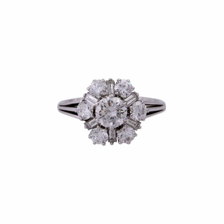 Ring with diamonds, together CA. 2 ct - photo 1