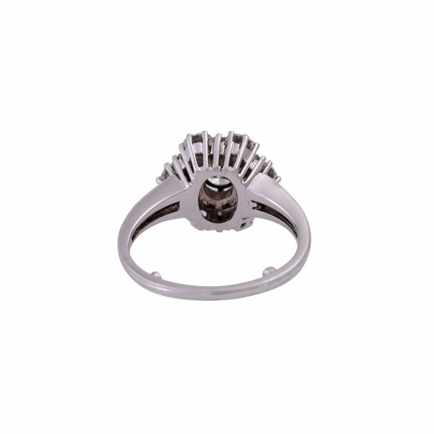 Ring with diamonds, together CA. 2 ct - photo 4