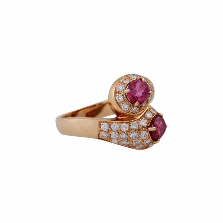 Ring with 2 rubies and brilliant-cut diamonds - photo 2