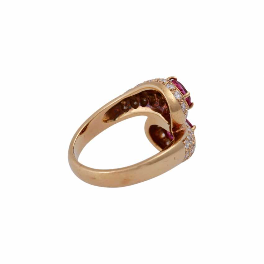 Ring with 2 rubies and brilliant-cut diamonds - photo 3