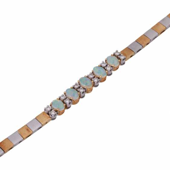 Bracelet with crystal opals - photo 4