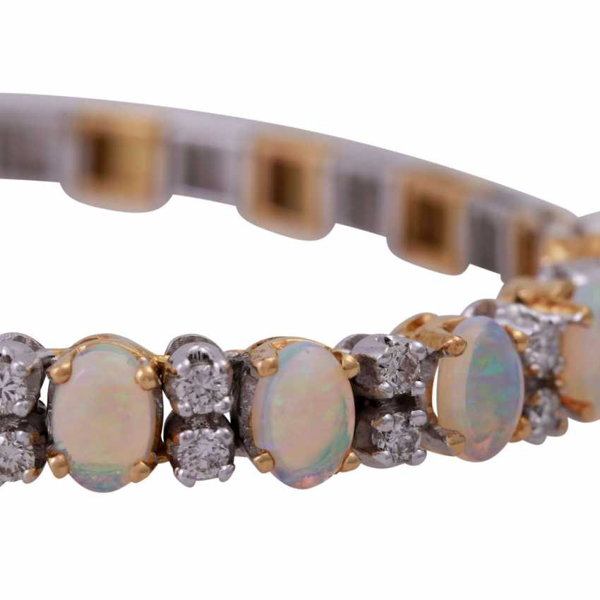 Bracelet with crystal opals - photo 5