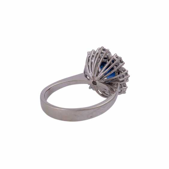 SHILLING Ring with sapphire and diamonds - photo 3