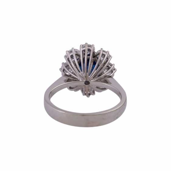 SHILLING Ring with sapphire and diamonds - photo 4
