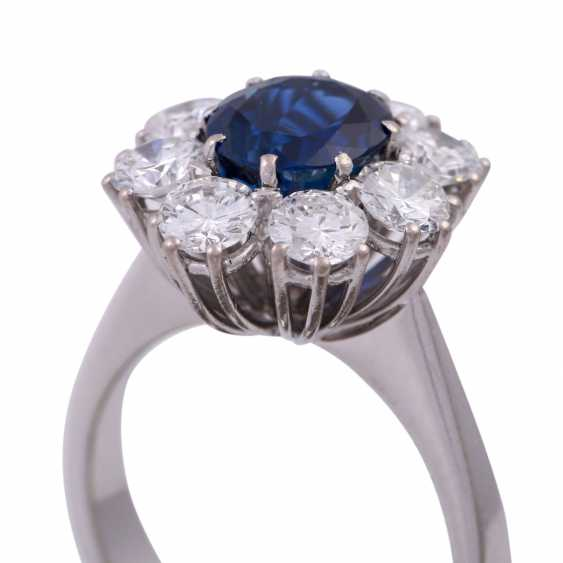 SHILLING Ring with sapphire and diamonds - photo 5