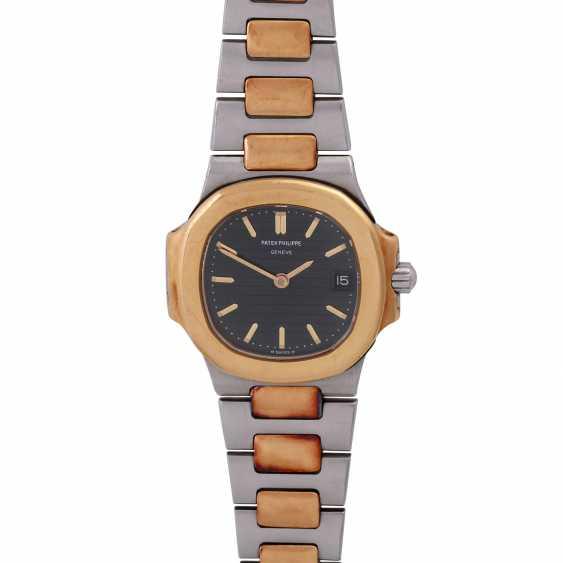 PATEK PHILIPPE Nautilus women's watch, Ref. 4700/1. - photo 1