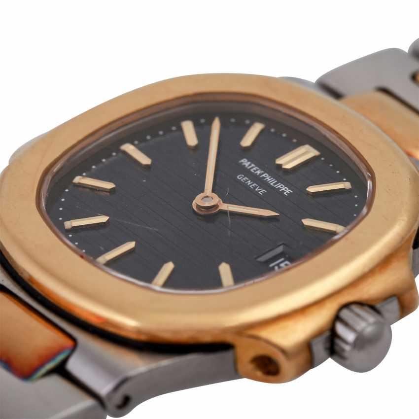 PATEK PHILIPPE Nautilus women's watch, Ref. 4700/1. - photo 5