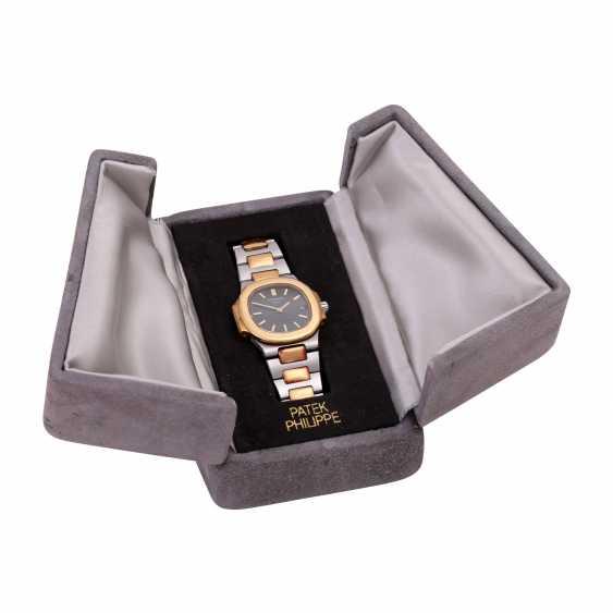 PATEK PHILIPPE Nautilus women's watch, Ref. 4700/1. - photo 6