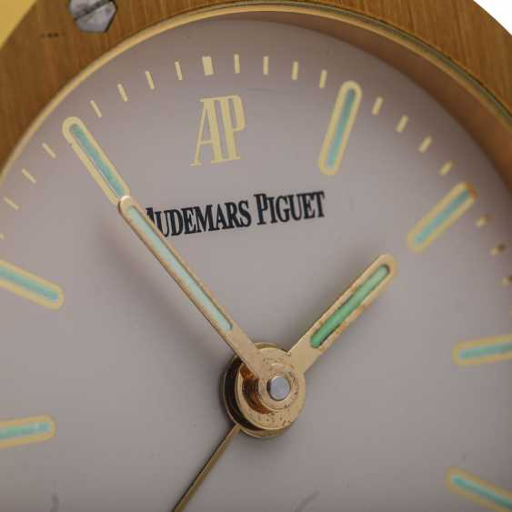 AUDEMARS PIGUET Royal Oak table clock with alarm clock. - photo 4