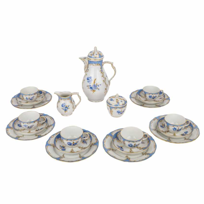 KPM coffee service for 6 persons 'Bleu mourant', 20. Century. - photo 1