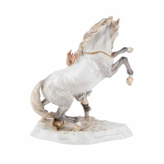 HEREND figure group, 'a Hungarian horse', 20. Century. - photo 3