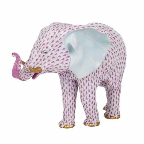 HEREND 'elephant', 20. Century. - photo 1