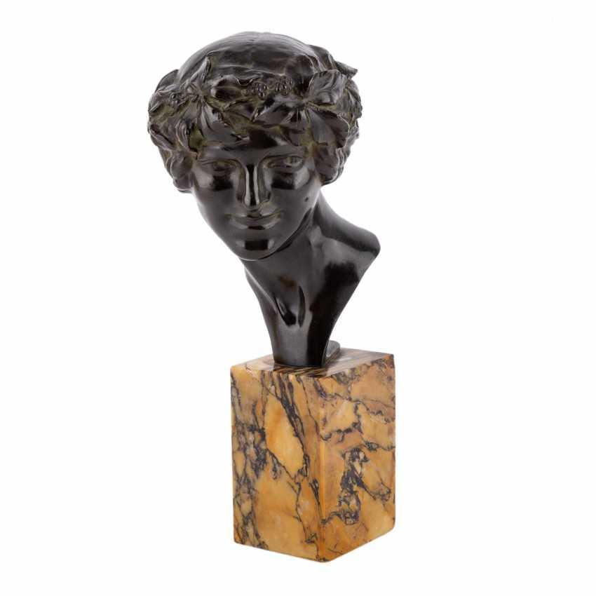 GUIRAUD-RIVIÈRE, MAURITIUS (Toulouse 1881-1947) 'Bacchantenkopf'. - photo 1