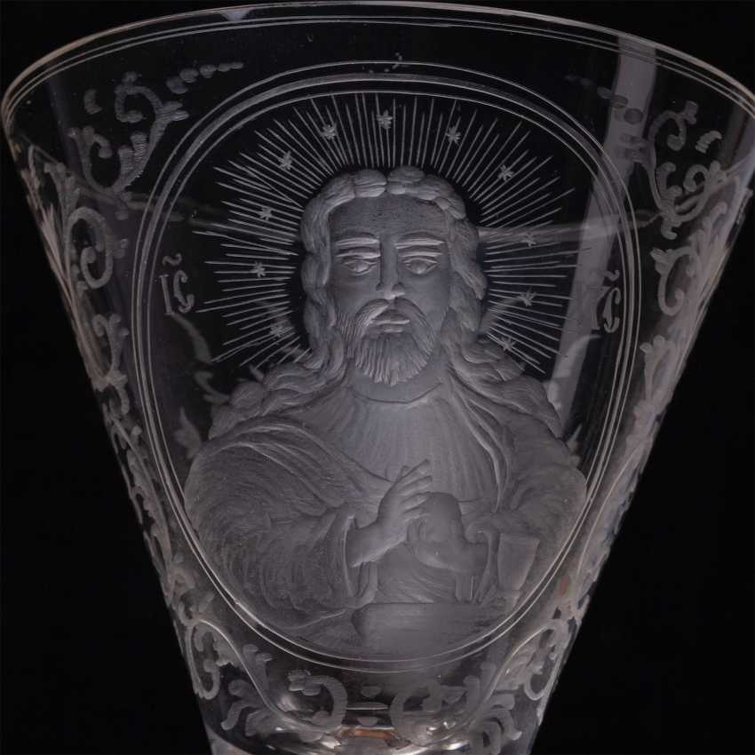 The glass with the image of the Almighty - photo 2