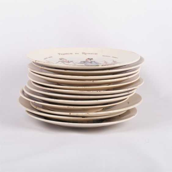 Set of 12 porcelain plates - photo 2