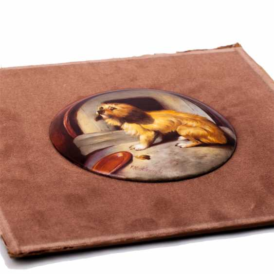 """Pair of plaques with copies of paintings by Sir E. Landseer """"Dignity and Impudence"""" - photo 5"""