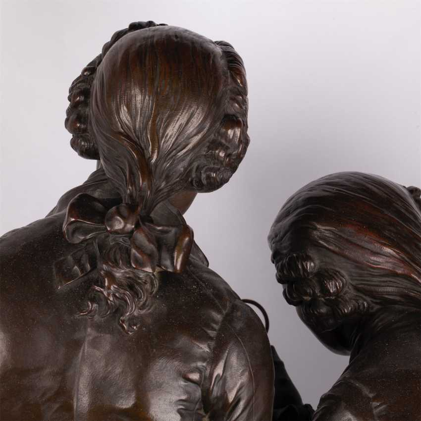 """A very large bronze figure of """"the Collector"""" - photo 7"""