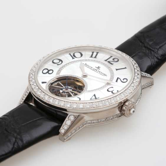 "JAEGER LE COULTRE watch ""the Master Tourbillon 39 set"". Case in 18K white gold, bes. with diamonds - photo 2"