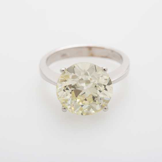 Solitaire ring bes. m. a diamond in the modernised old European cut 7,21 ct - photo 1