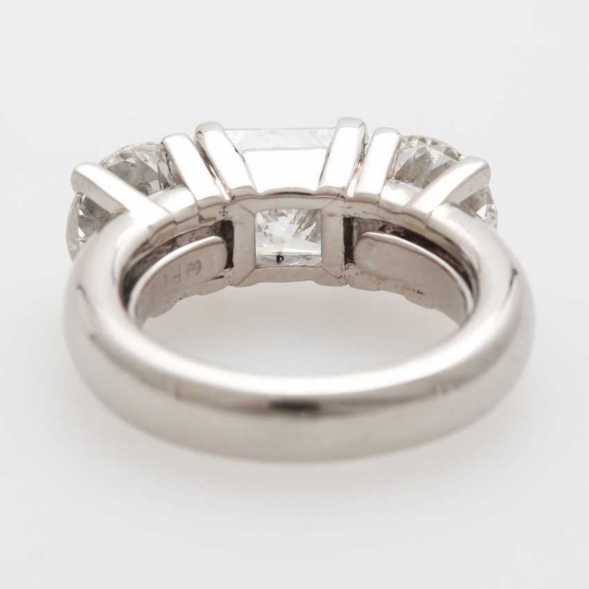 Ladies ring filled W / 3 diamonds - photo 4