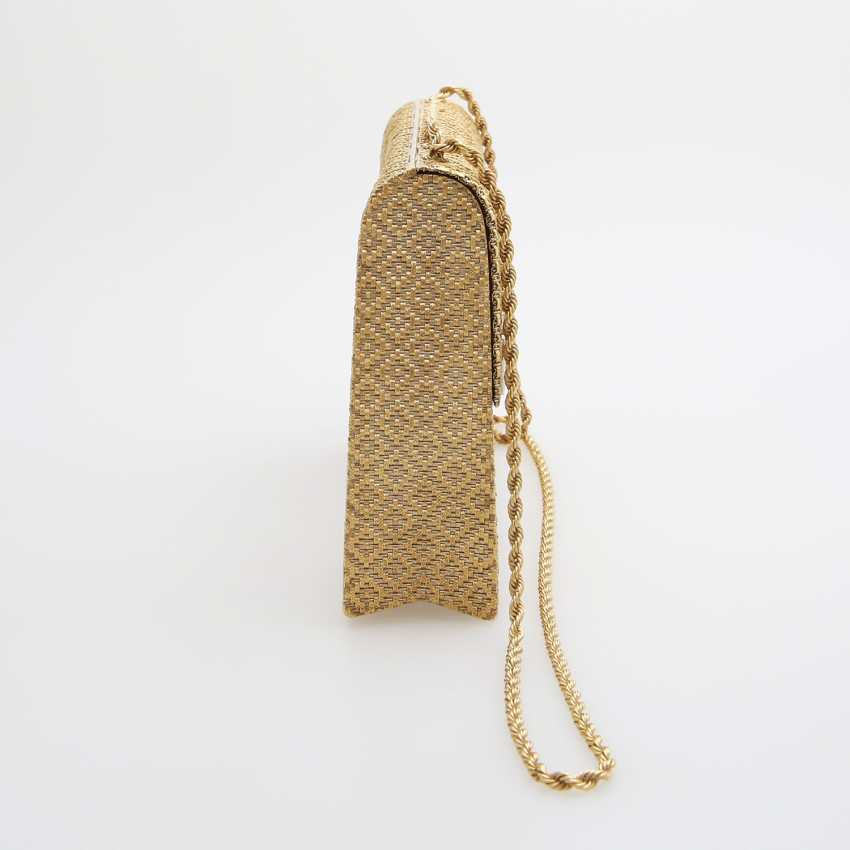 Evening bag made of finely textured Gold with diamond-set Clasp - photo 3