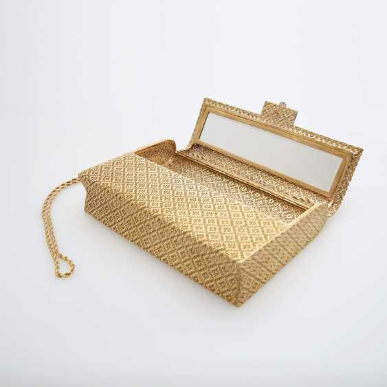 Evening bag made of finely textured Gold with diamond-set Clasp - photo 6