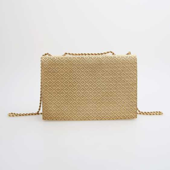 Evening bag made of finely textured Gold with diamond-set Clasp - photo 4