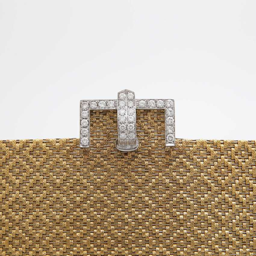Evening bag made of finely textured Gold with diamond-set Clasp - photo 8
