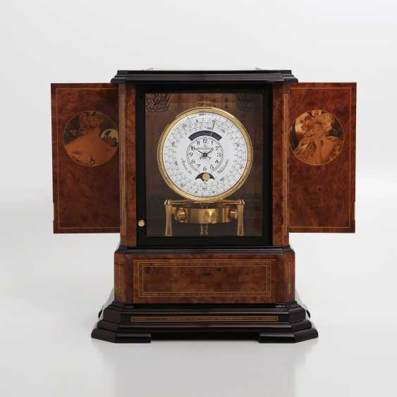 """JAEGER LE COULTRE table clock """"Atmos du Millenaire Marqueterie 'Crepuscule'"""", with 1000 year calendar and moon phase. - photo 3"""