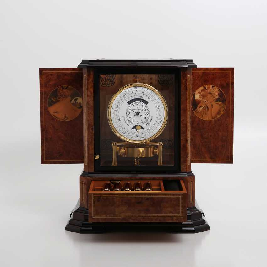 """JAEGER LE COULTRE table clock """"Atmos du Millenaire Marqueterie 'Crepuscule'"""", with 1000 year calendar and moon phase. - photo 4"""