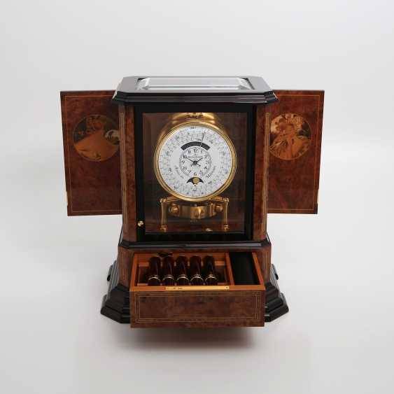 """JAEGER LE COULTRE table clock """"Atmos du Millenaire Marqueterie 'Crepuscule'"""", with 1000 year calendar and moon phase. - photo 9"""